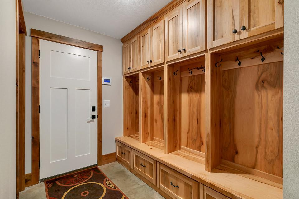 Mudroom | Brenny Custom Cabinets