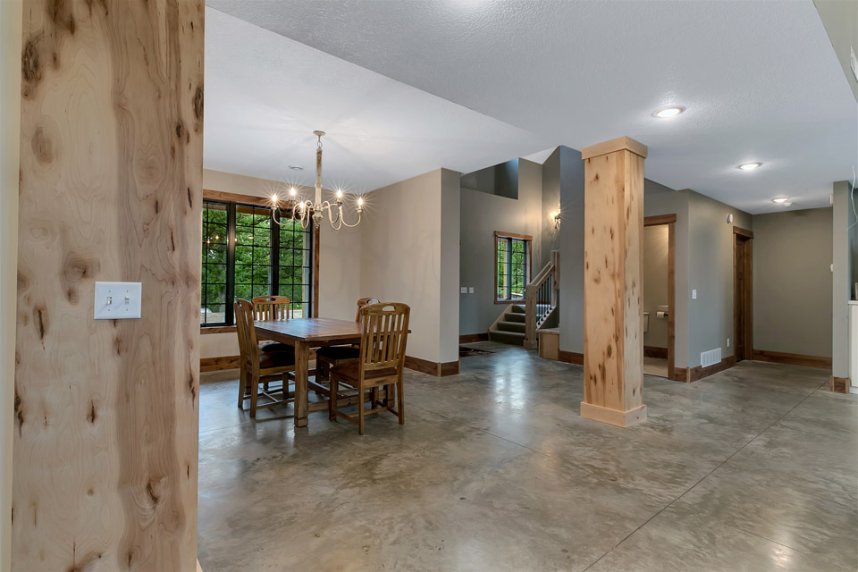 Pillars | Brenny Custom Cabinets