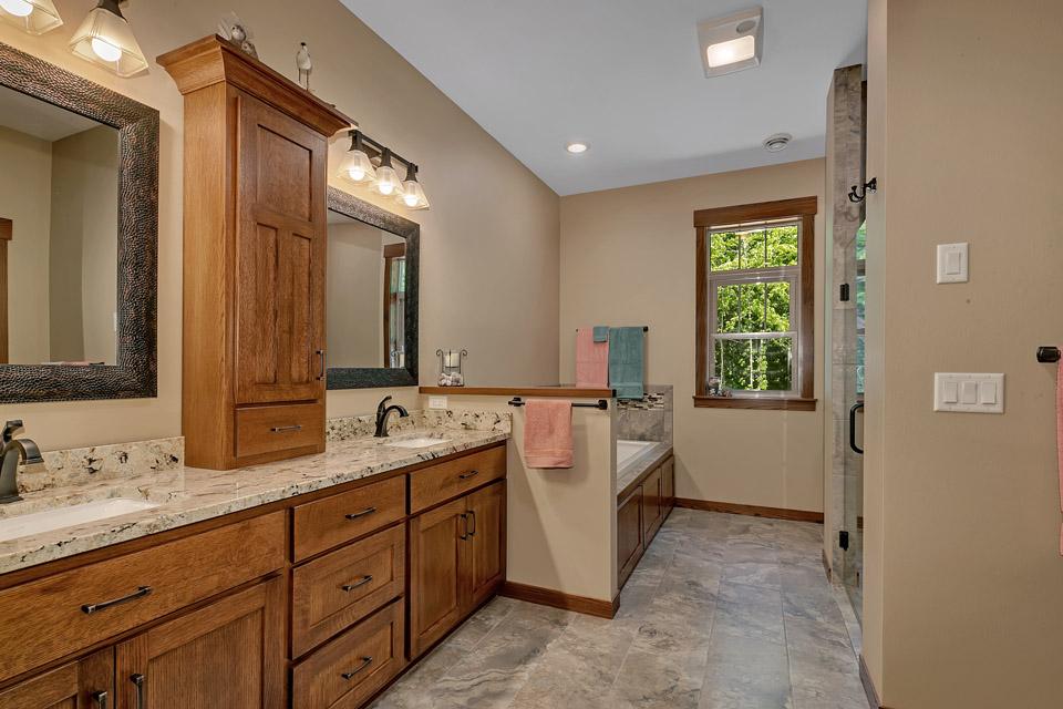 Bathroom | Brenny Custom Cabinets