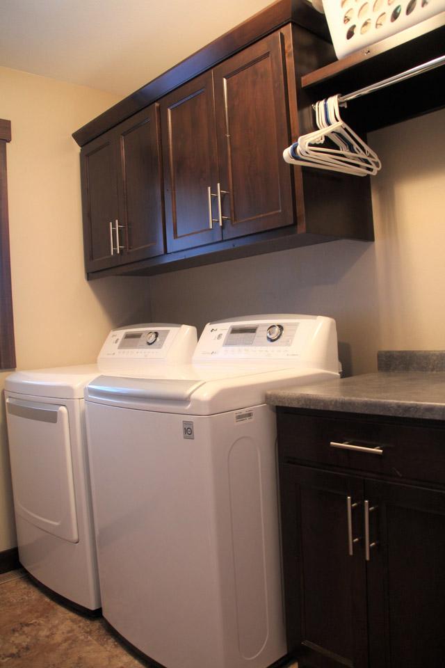 Laundry & Mud Room | Brenny Custom Cabinets