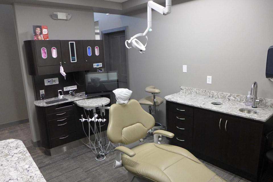 Dental Clinic | Brenny Custom Cabinets